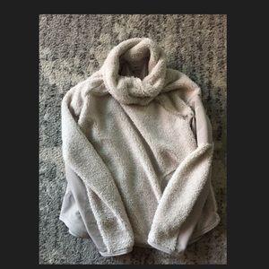 Nike Sherpa fleece pullover